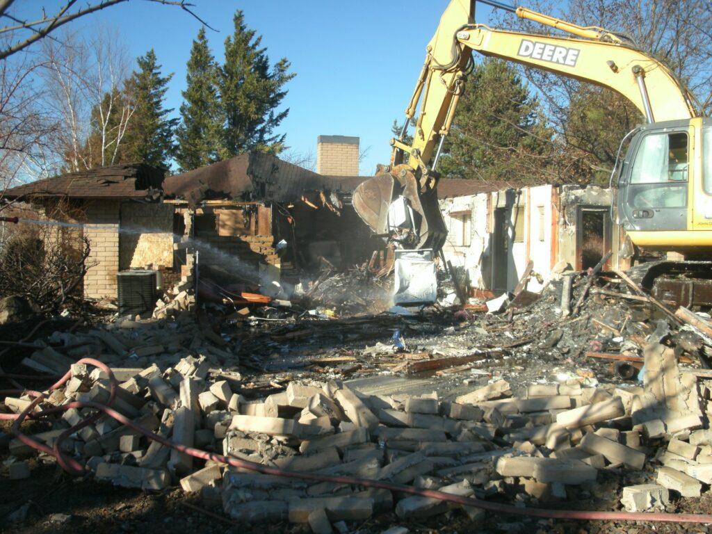 Single+Family+Dwelling+Demolition+Day+1+p2